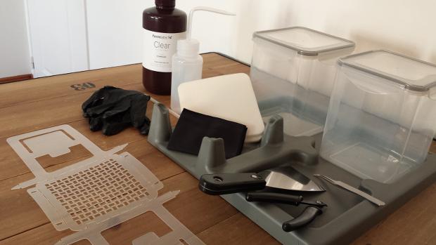 Le kit de finition livrée avec l'imprimante Form 1+