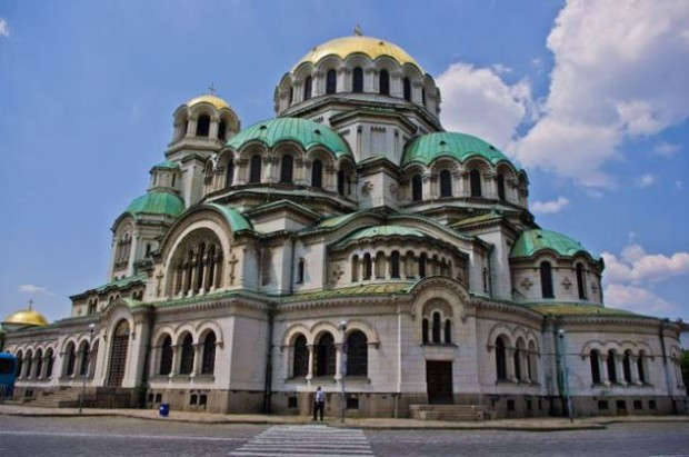 article_alexandernevskycathedral2