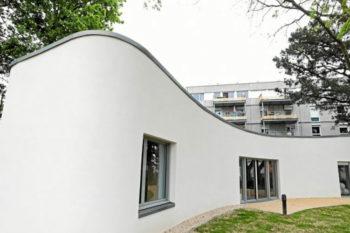 Yhnova als erstes 3D-gedrucktes Haus von Familie bezogen