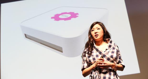 Grace Choi bei der Vorstellung ihres Druckers