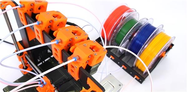 josef-prusas-mk2-set-to-enter-the-multi-color-3d-printer-race-with-a-clever-twist-04