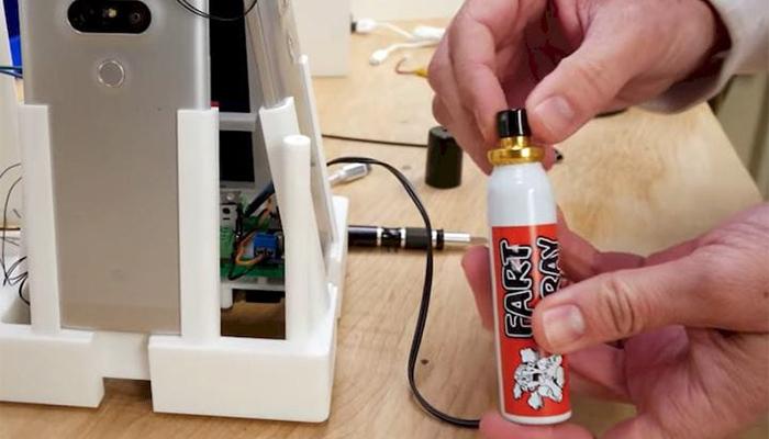 3D printed glitter bomb