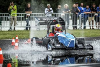 3D printing speeds up the design of a racecar