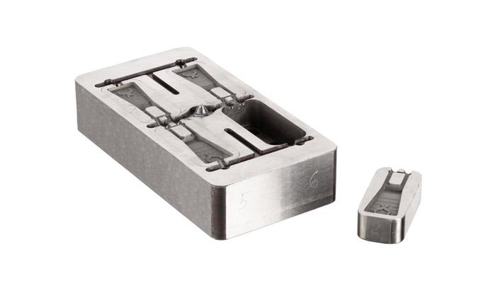 desktop metal h13