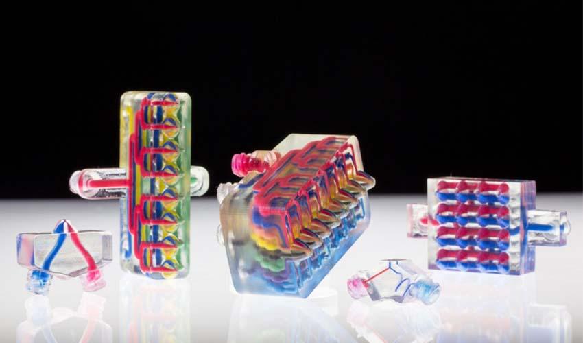 impresora 3D con múltiples boquillas