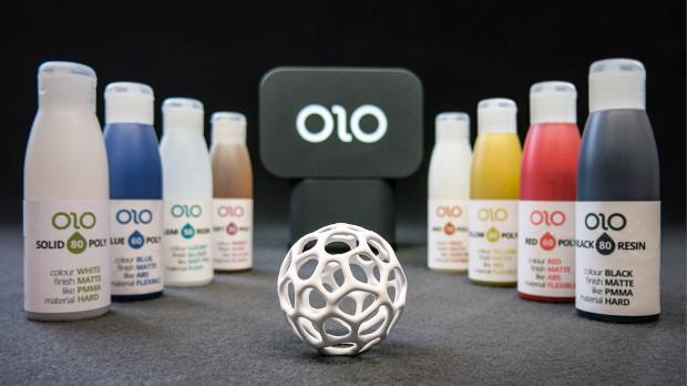 OLO solidifica resinas líquidas con la luz de un smartphone