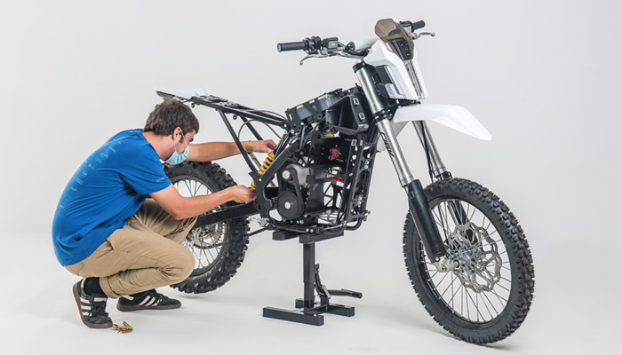 dayna-moto-3d-1