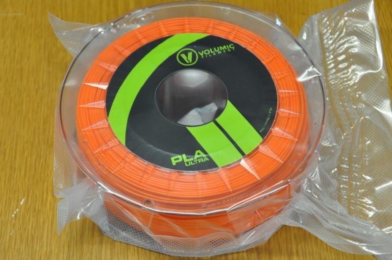 En prime, une bobine de PLA de marque Volumic