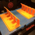 Wall cable holder imprimé dans une MakerBot
