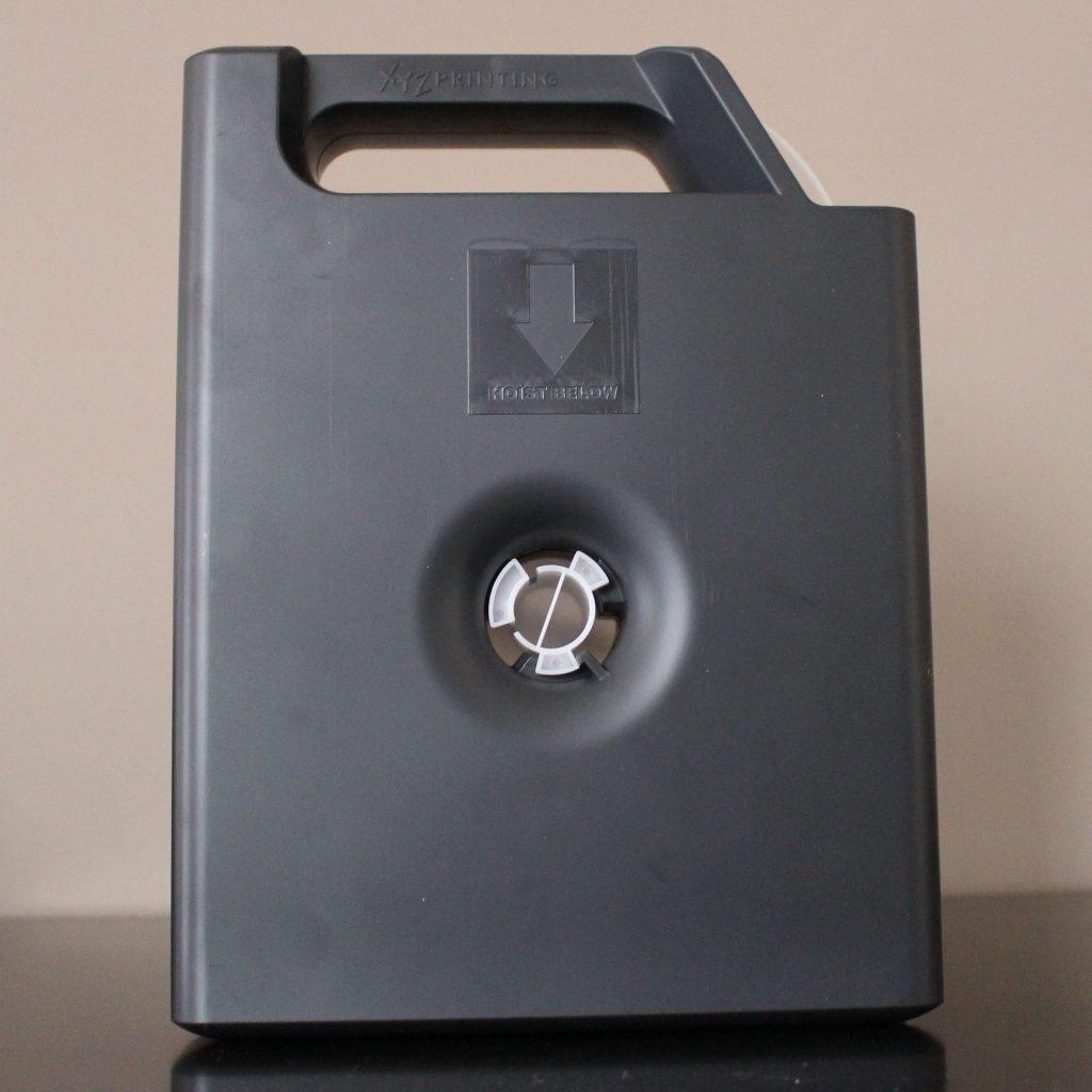 La cartouche de filament, format propriétaire.