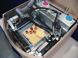 L'imprimante 3D Solidscape T76 utilisé par American Pearl