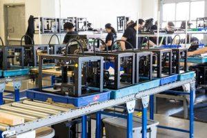 MakerBot, qui assemble ses machines en plein coeur de Brooklyn, a déjà écoulé plus de 100,000 machines depuis sa création