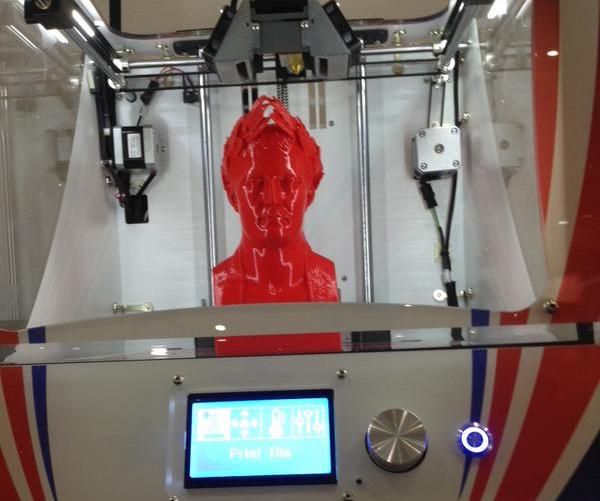 Un exemple de buste imprimé en 3D en seulement 9 heures, au lieu de 32 heures habituellement