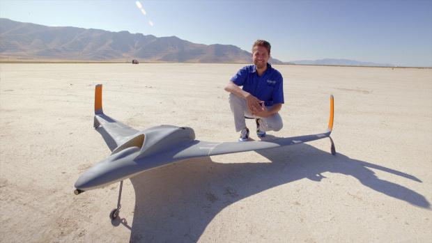 article_drone-aurora2
