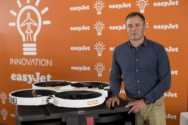 Des drones pour contrôler l'état de ses avions