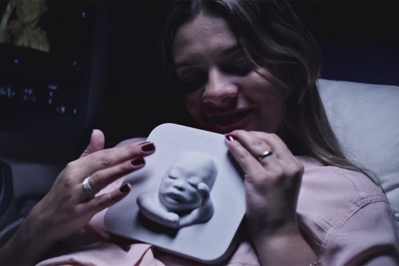 Une échographie imprimée en 3D pour une maman comblée