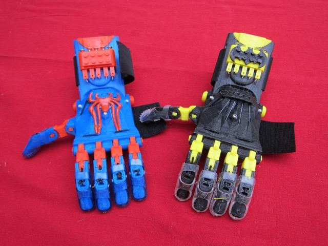 Un modèles de prothèses inspirées de super-héros