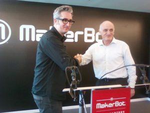 Bre Pettis et David Reis, les CEO respectifs de MakerBot et Stratasys
