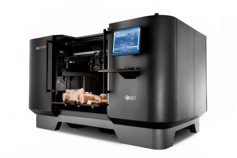 L'Objet 1000 est une imprimante de la gamme PolyJet proposant le plus large volument d'impression (1000 x 800 x 500 mm)