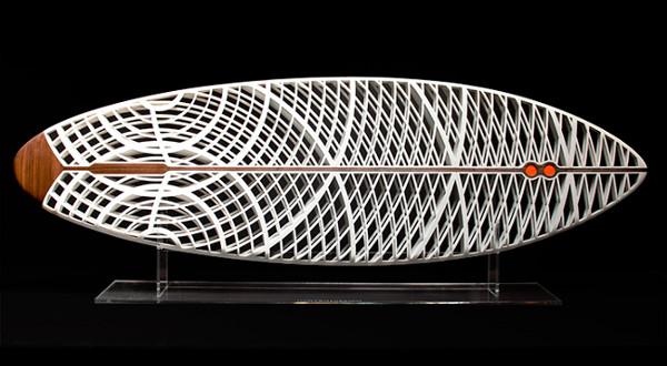 Une planche de surf imprimée en 3D pour fêter l'art de vivre californien