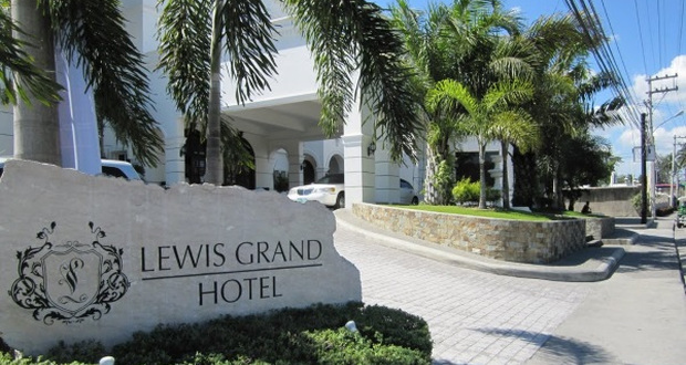 Lewis Grand Hotel w Angeles