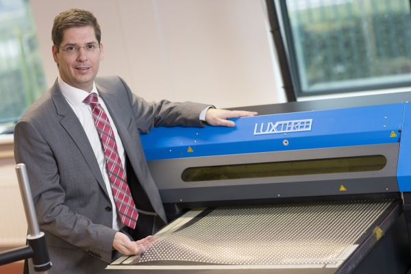 article_luxexcel1