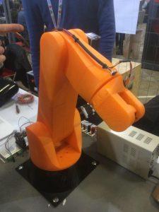Le Mrobot a pu rencontré la foule lors de la dernière Maker Faire Paris