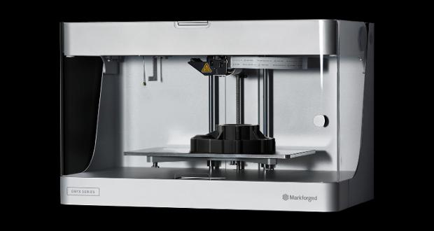 Onyx, une imprimante 3D low-cost pour imprimer des pièces en carbone