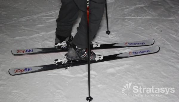Zoom sur la paire de ski imprimée en 3D
