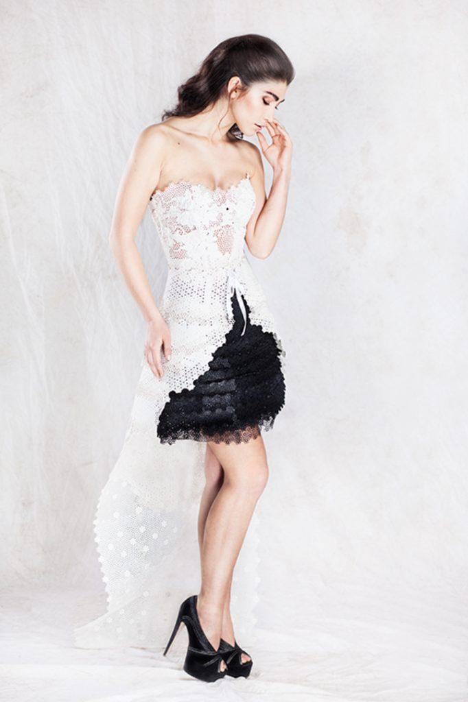 La robe InBloom est composé de panneaux imprimés en 3D