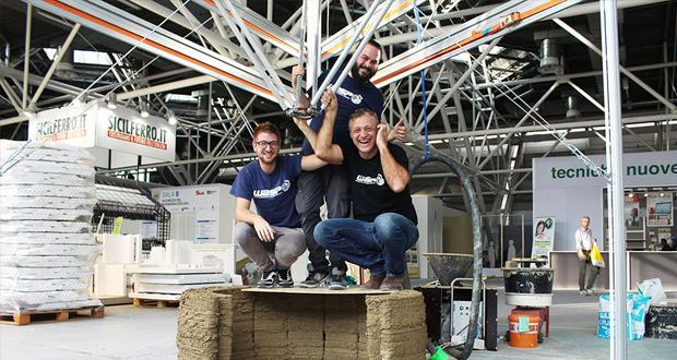 Massimo Moretti (à droite) avec une partie de l'équipe de WASP