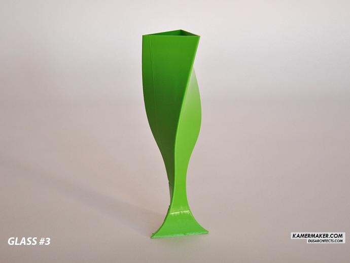 Verre de champagne conçu par DUS et disponible en Thingiverse