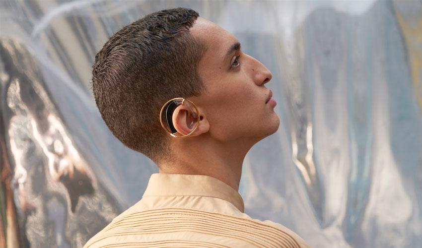 h(earring)