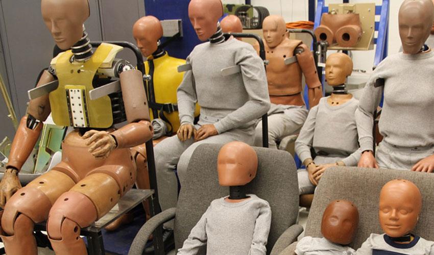 humanetics utilise l 39 impression 3d pour cr er des mannequins crash test 3dnatives. Black Bedroom Furniture Sets. Home Design Ideas