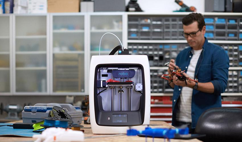 test de l imprimante 3d robo c2 3dnatives. Black Bedroom Furniture Sets. Home Design Ideas